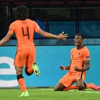 Dumfries matchhjälte för Nederländerna.