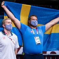 Peter Reinebo är kritisk till att Daniel Ståhl kollade på en av handbollslandslagets matcher.