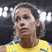 Sveriges Angelica Bengtsson under damernas stavhopp under torsdagens tävlingar i friidrott under sommar-OS i Tokyo.
