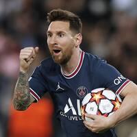Messi gjorde två mål i PSG:s 3-2-seger.
