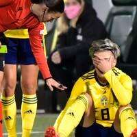 Lina Hurtig stukade foten i VM-kvalmatchen mot Irland