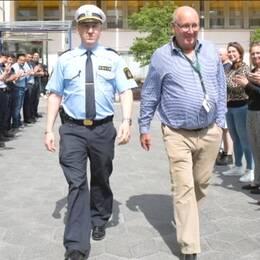 Polis som avtackas efter 44 år