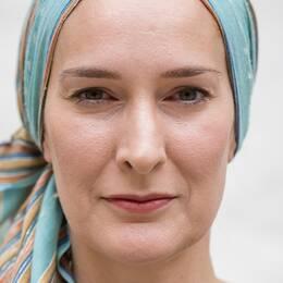 Anna E. Nachman är journalist och fembarnsmamma.