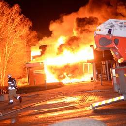 För drygt ett år sedan stod Sandsbro skola i Växjö i lågor.