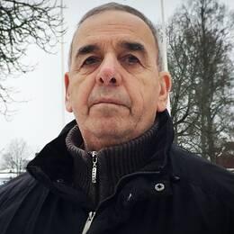 Mehmet Tosun har hand om ett boende i Fredriksberg som han kanske ska stänga nu