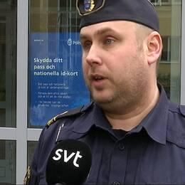 polis i polisuniform