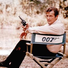 Skådespelaren Roger Moore är känd för rollen som James Bond.