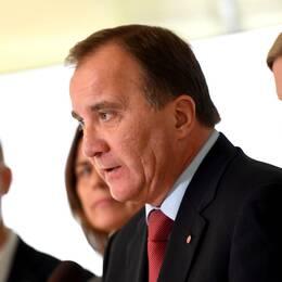 Stefan Löven på en presskonferens