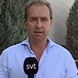SVT:s korrespondent Stefan Åsberg och en bild på irakiska styrkor.