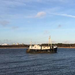 Båten gick på grund i Mörudden.