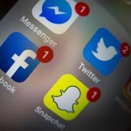 Sociala medier-appar i en smart telefon.