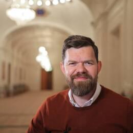 #partirösten – webbsatsning på SVT Opinion där varje riksdagspartis partisekreterare svarar på frågor om ideologisk grund.