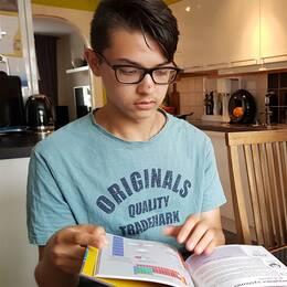 Svårt autistiske Anthony riskerar omhändertagning.