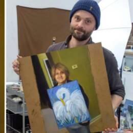 Svenska konstnären Kristoffer Zetterstrands tavla (Till höger) har nu setts av miljoner och intervjuats av medier över hela världen.