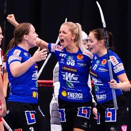 Karlstads Lisa Rengärde jublar under en match mot Pixbo i oktober.