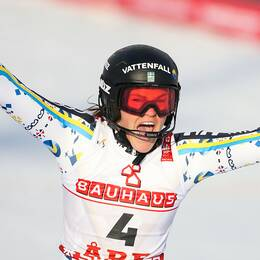 Anna Swenn-Larsson tog karriärens första VM-medalj inför hemmapubliken i Åre. Silvret är även Sveriges första medalj i detta mästerskap.