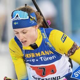 Hanna Öberg under singel mixstafetten.