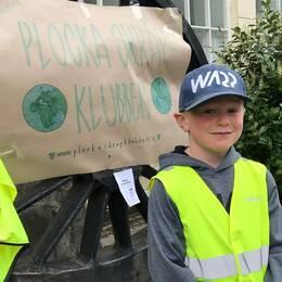 Loe, 7 år från Kalmar hoppas att fler vill gå med i hans klubb och plocka skräp.