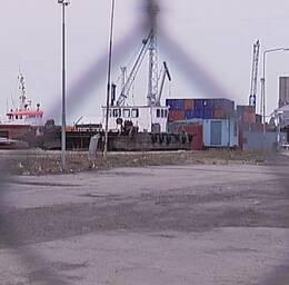 Här i hamnen i Holmsund greps den 21-årige trippelmördaren, innan han hann ta båten till Ryssland.
