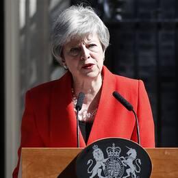 Theresa May avgår den 7 juni