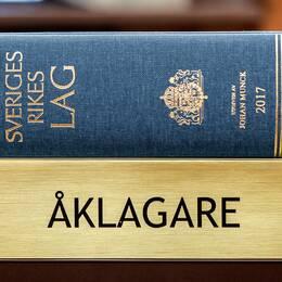 Lagboken (Sveriges Rikes lag 2017) fotograferad i en Tingsrätt