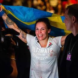 Lina Länsberg efter den tunga segern mot veteranen Tonya Evinger i Globen.