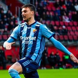 Djurgårdens Erik Berg under fotbollsmatchen i Allsvenskan mellan Helsingborg och Djurgården den 6 maj 2019 i Helsingborg.