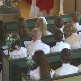 Präst kan avkragas efter att ha hållit konfirmationsläger och predikat att homosexualitet är en synd.