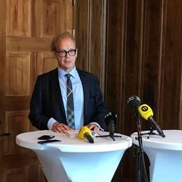 Åklagaren Martin Tidén under presskonferensen på måndagen när rättegången om dödsskjutningen av Eric Torell går in i sin slutfas.