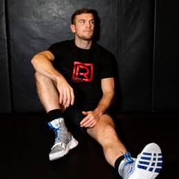 Sven Fornling har blivit pappa under träningslägret inför sin kommande titelmatch.