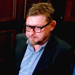 Cissi Wallin står åtalad för grovt förtal av Fredrik Virtanen.