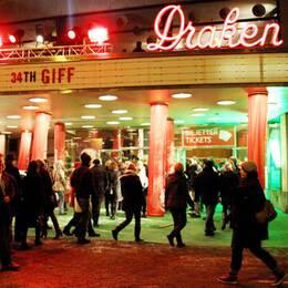 Publik anländer till den 34:e upplagan av Göteborgs internationella filmfestival.