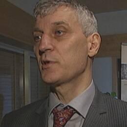 Juristen Edgar Nissen tycker att Falkenbergs kommun borde ha medgett ett skadeståndsansvar.