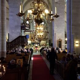 Josefin Nilssons begravning i Visby domkyrka.