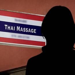 Skylt från thai-massage företagets lokaler i Uppsala