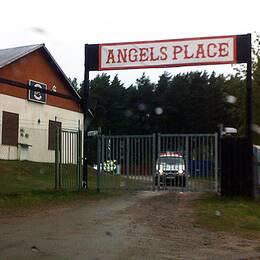 Under måndagseftermiddagen drog Karlstads kommun tillbaka sin begäran om att försätta Hells Angels-föreningen Solstadens motorsport i konkurs.