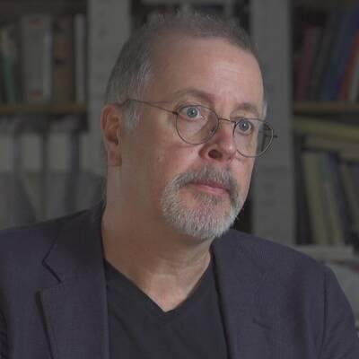 Jonathan Lindström skriver om Nordens sexualhistoria i boken Alla tiders sex.