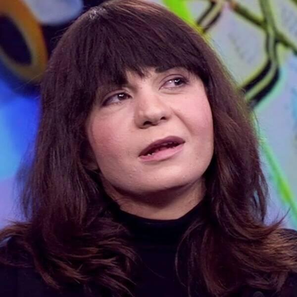 Sarah Delshad, journalist och grundare av nätverket Muslimska feminister, debatterade med Olle Burell (S), Stockholms skolborgarråd, i SVT:s Aktuellt.