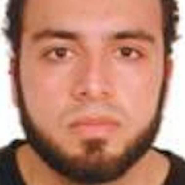 28-årige Ahmad Khan Rahami jagas av polisen i New York för bombdådet på Manhattan.