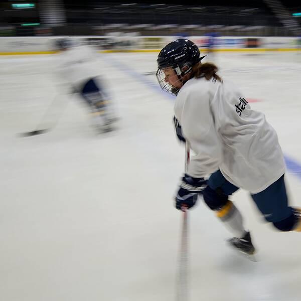 Med sina 27 år tillhör Erica Udén Johansson veteranerna i högsta damhockeyligan SDHL.