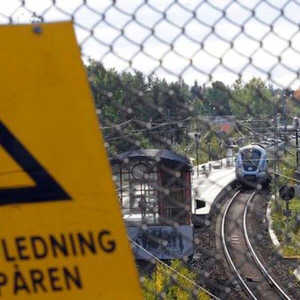 De som genar över tågspåren kostar samhället miljoner