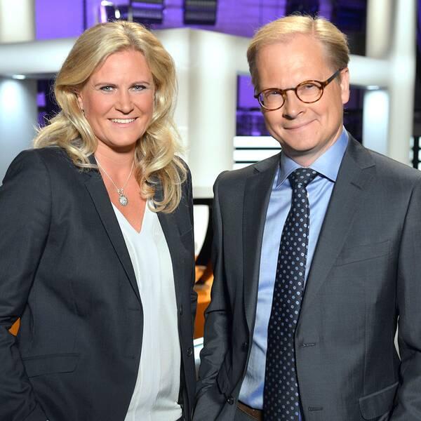 Partiledardebattens programledare Camilla Kvartoft och Mats Knutson