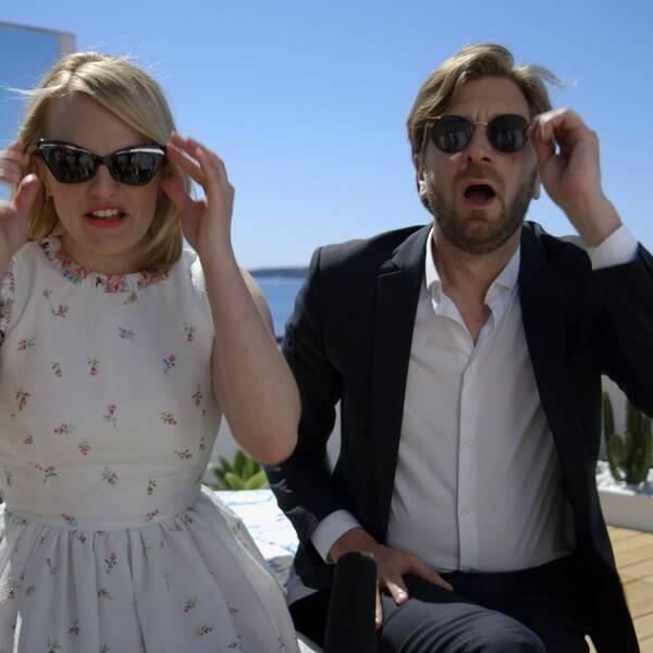 Elisabeth Moss och Ruben Östlund i ett blåsigt Cannes.
