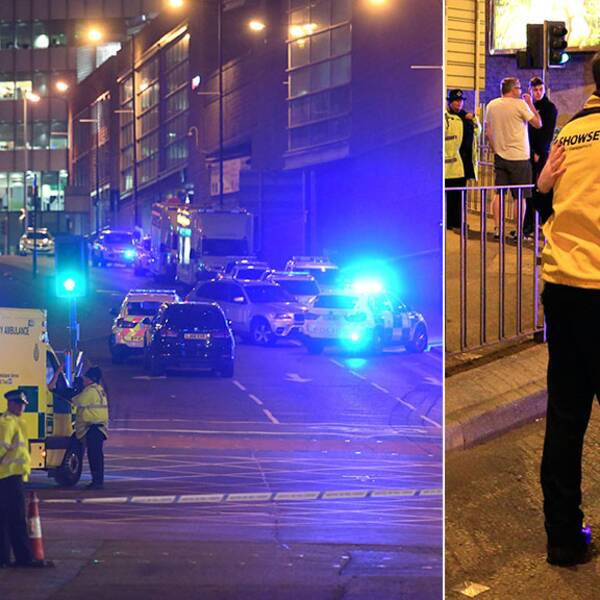 Bild på ambulanser och polisbilar med blinkande blåljus. På bilden intill kramar ledsna människor om varandra utanför arenan där dådet inträffade.