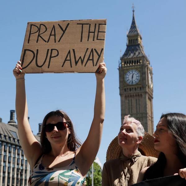 Theresa May får förlita sig på nordirländska DUP:s stöd