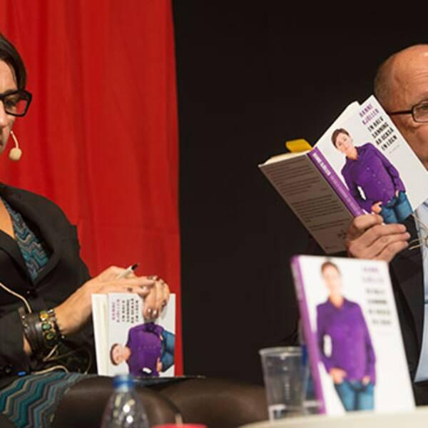 """DN:s ledarskribent Hanne Kjöller debatterar sin bok """"En halv sanning är också en lögn"""" under bokmässan i Göteborg."""