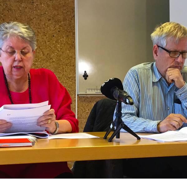 Kommunrevisorerna Birgitta Ståhl (M) och Mats Nilsson (S).