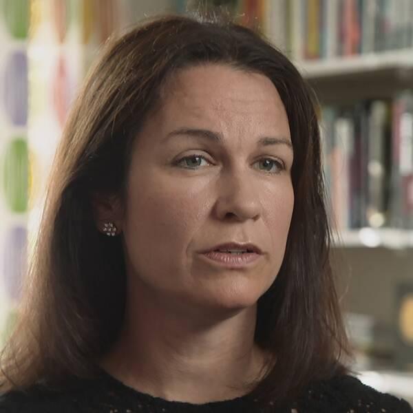 Åsa Erlandsson har skrivit en bok om skolattacken i Trollhättan
