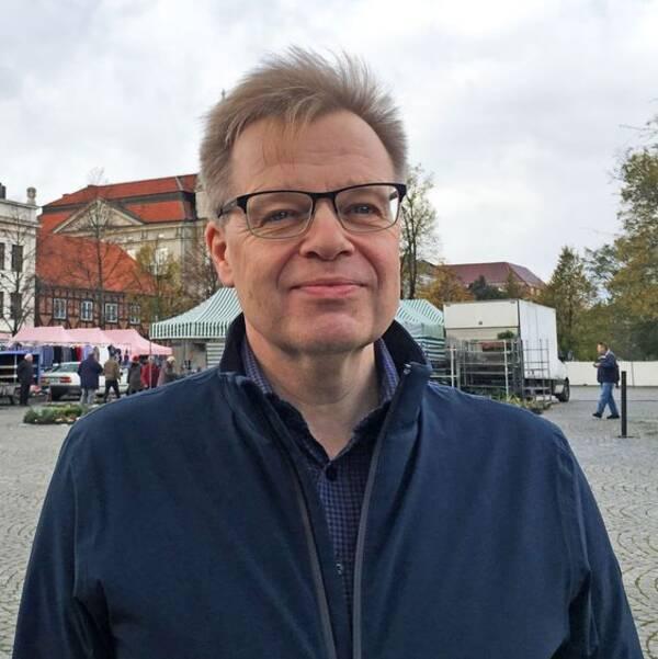 Per-Ola Mattsson (S).