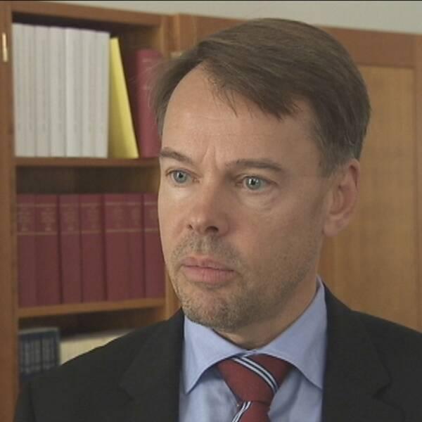 Riksåklagare Anders Perklev anser att Högsta Domstolen nu ska avgöra om det är acceptabelt att ha oskyddat samlag om man är HIV-positiv.